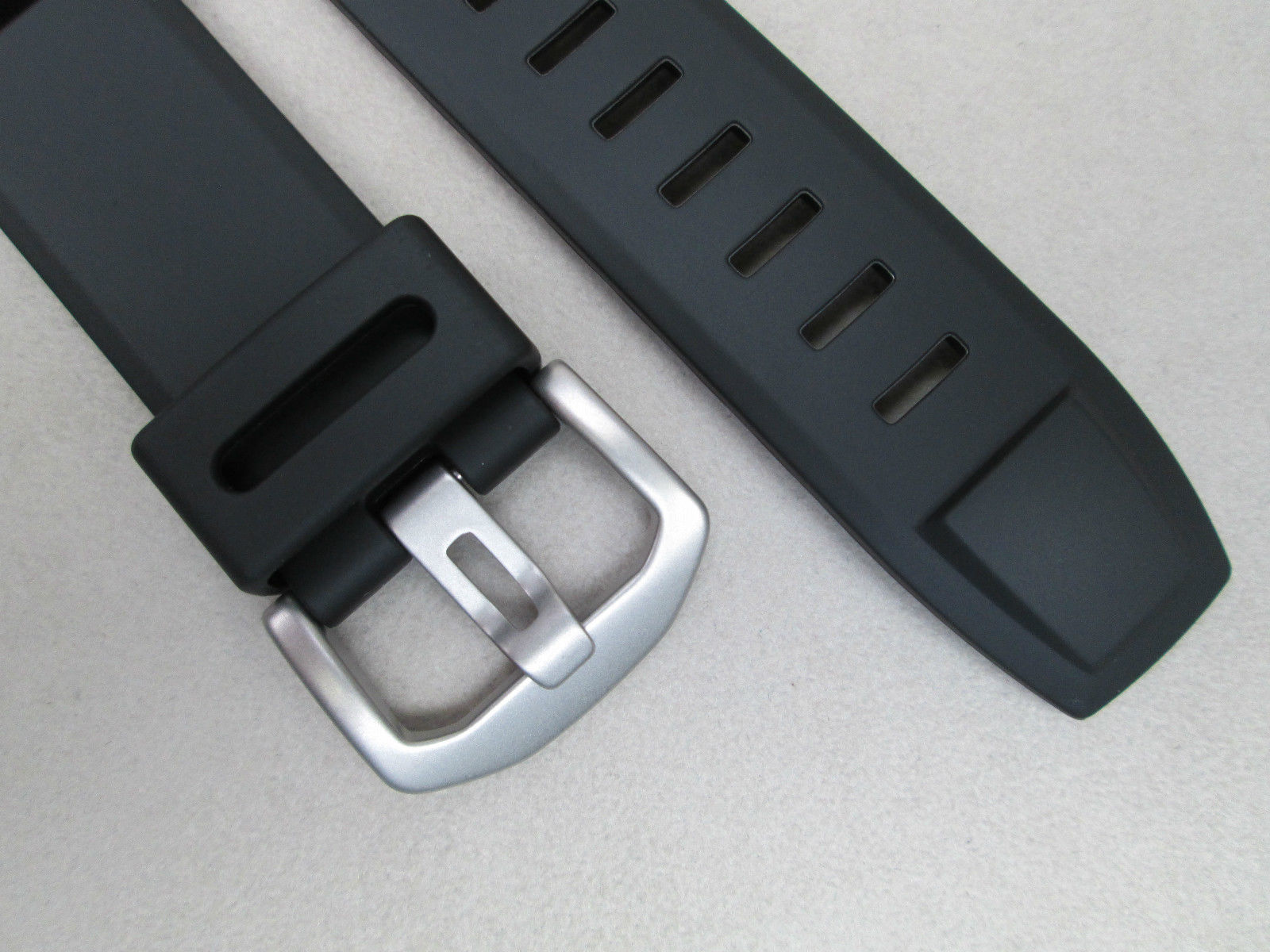 Genuine Replacement strap for ProTrek PRG-550