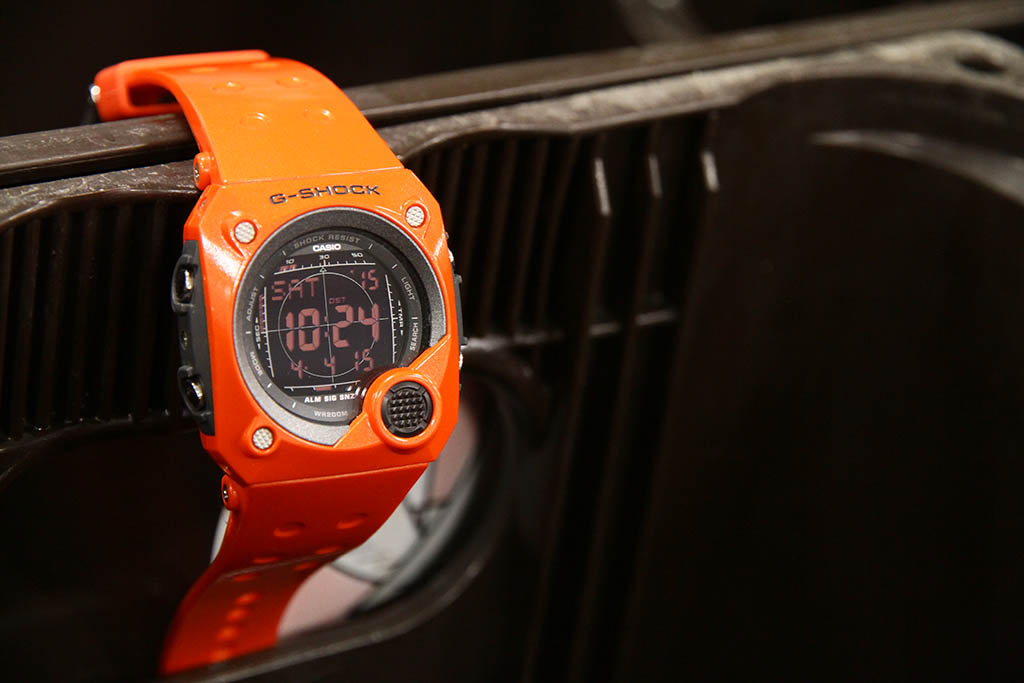 [Live Photos] G-Shock Retro Futuristic G-8000-4V
