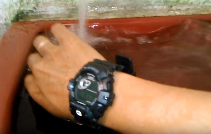[Tests] G-Shock Crash Test / Dive your watch