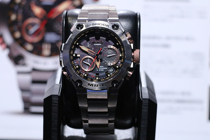 [Live Photos] G-Shock Eye-Catching MRG-G1000DC-1AJR Akagane