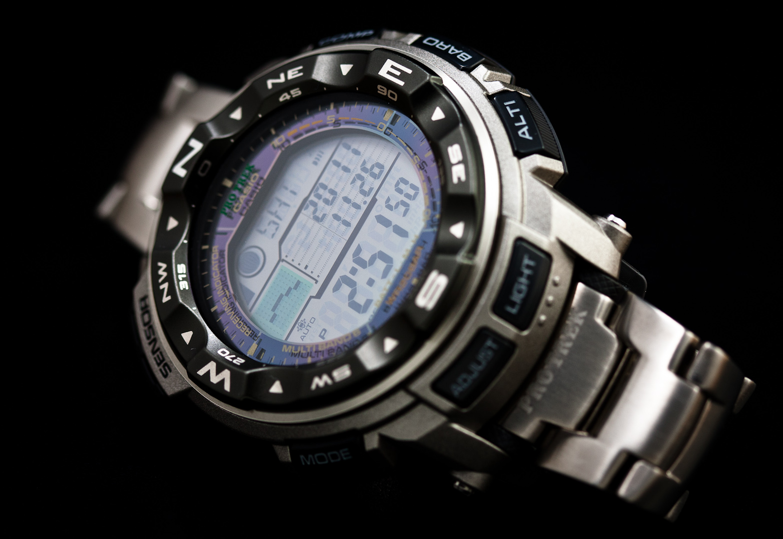 ProTrek PRW-2500 For All Purposes-1