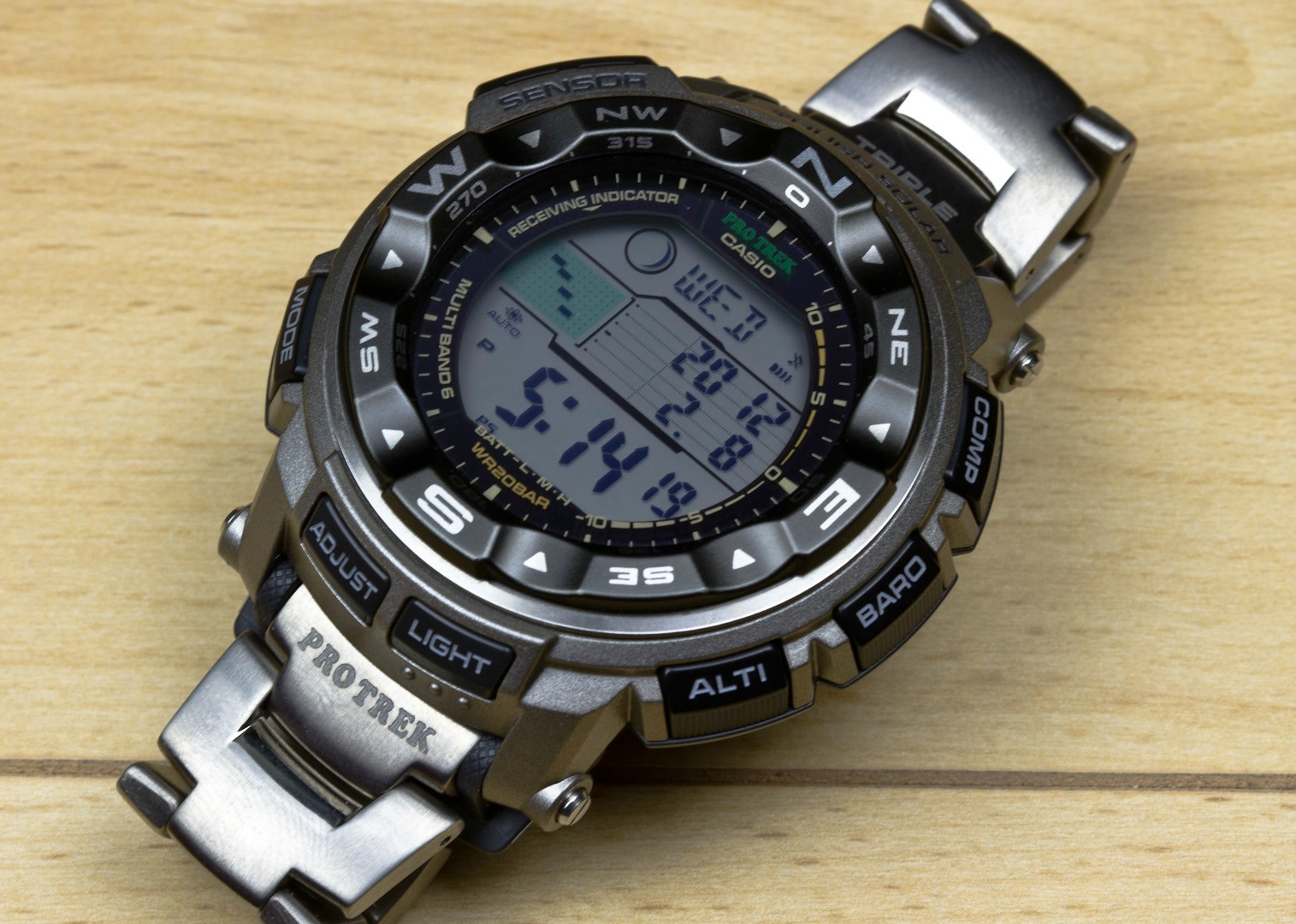 ProTrek PRW-2500 For All Purposes-4