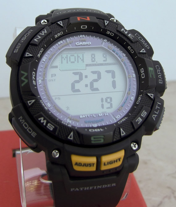 [Live Photos] ProTrek Pathfinder PAG-240-1 Watch Review
