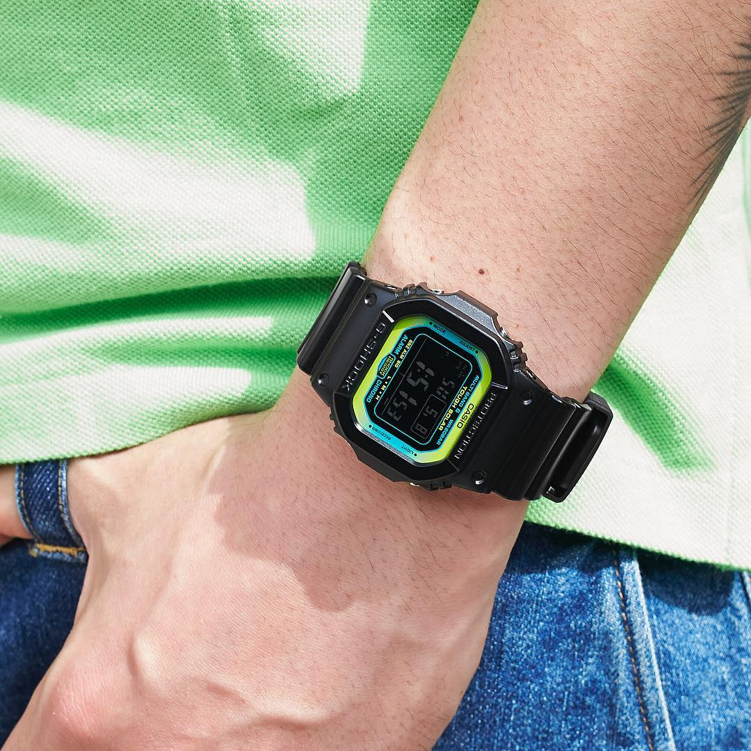 [Live Photos] G-Shock Lime Accent Color GW-M5610LY-1JF
