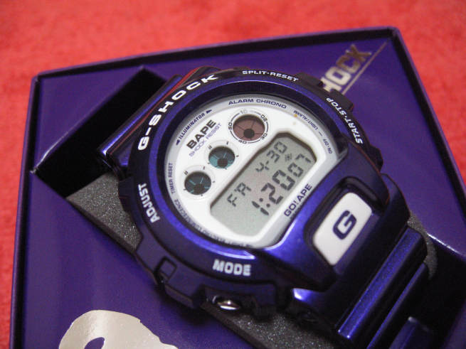 [Limited Series] DW-6900 — G-Shock and Bathing Ape Collaboration