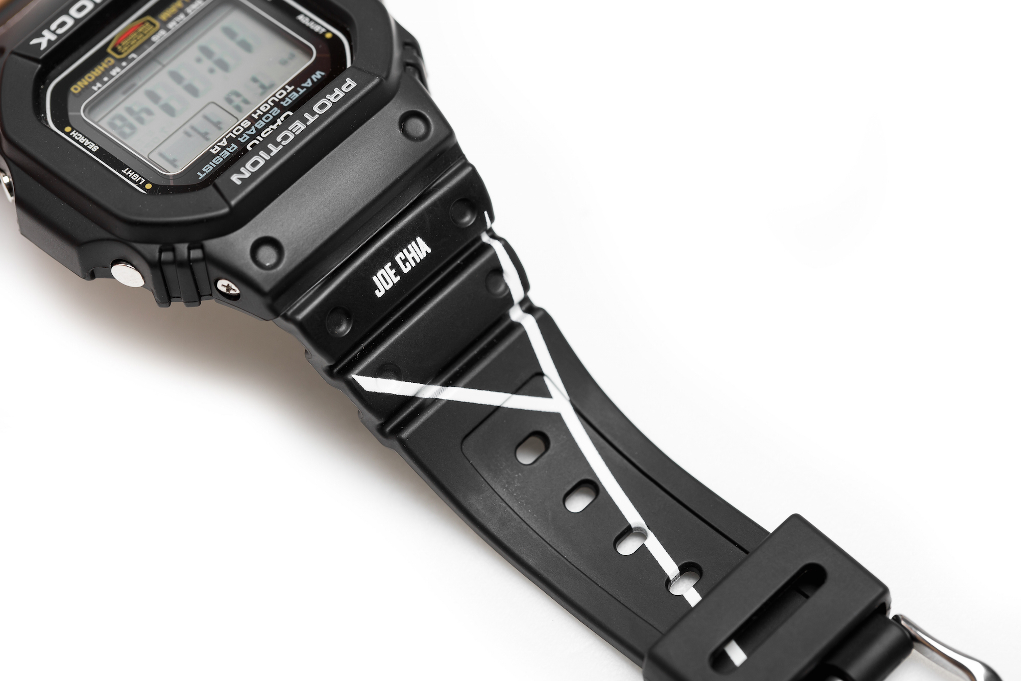 [Limited Series] DW-5600E — G-Shock and Reebok x Crossover 'The Shadow of Phantom Collaboration