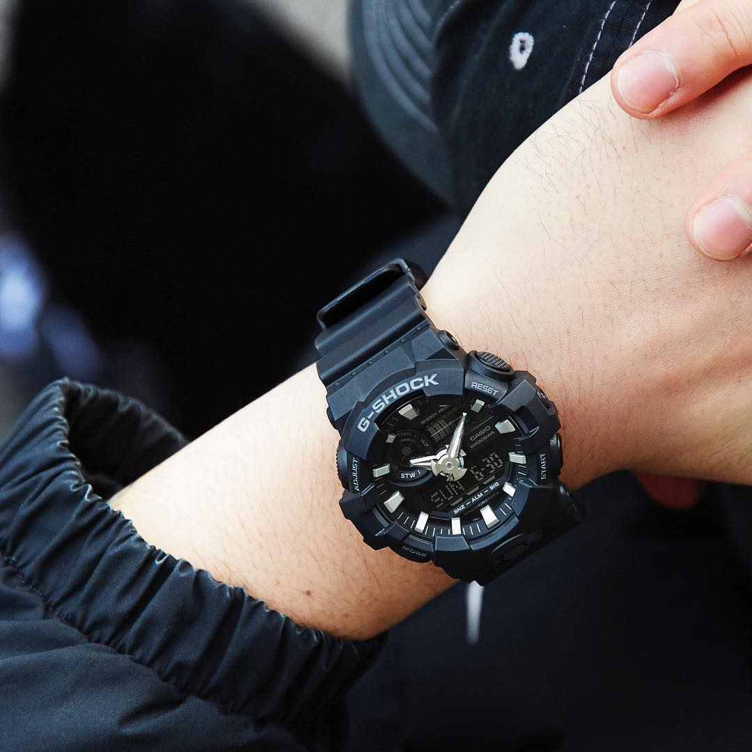 [Live Photos] G-Shock GA-700-1B — distinctively tough design