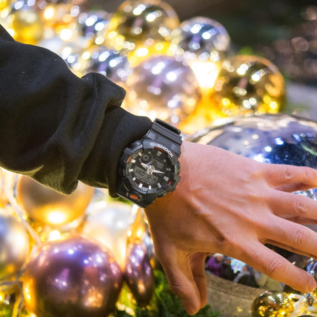 [Live Photos] G-Shock GA-700 is a perfect Christmas Gift