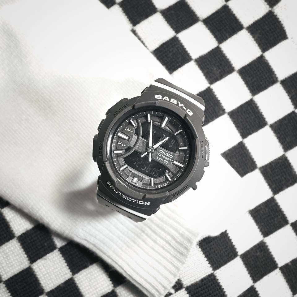 [Live Photos] Baby-G BGA-240-1A1 — Get a feeling of uniformity with a classic check pattern