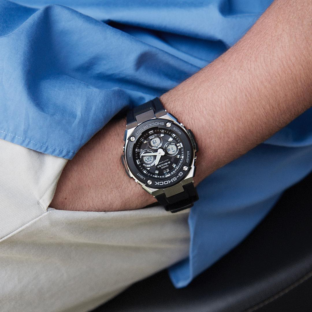 [Live Photos] G-Shock GST-W300-1A — Also For The business scenes