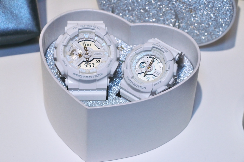 [Live Photos] G-Shock and Baby-G LOV-17A Pair Watches