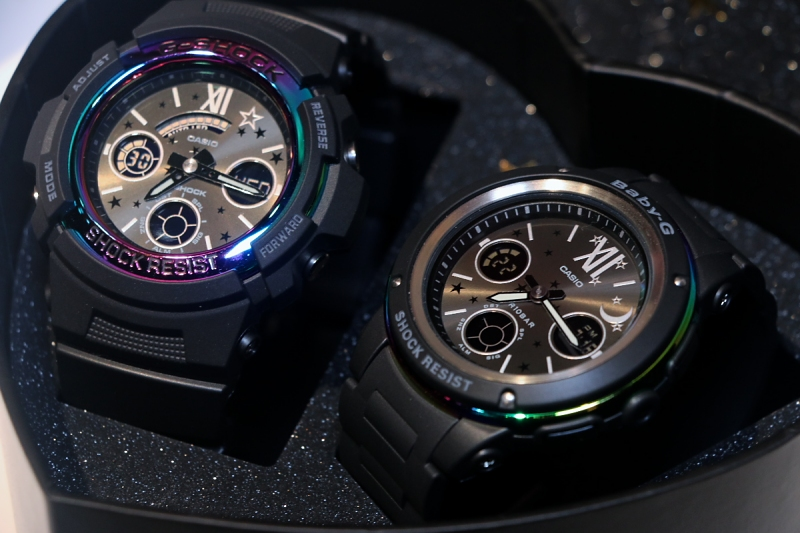 [Live Photos] G-Shock and Baby-G LOV-17B Pair Watches