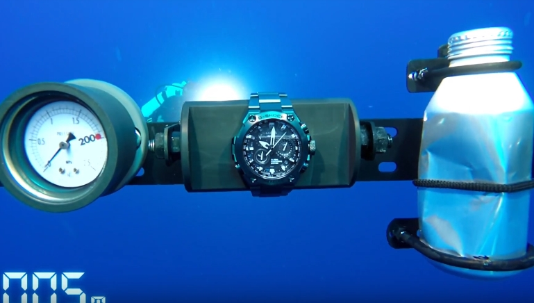 [Video] G-Shock MRG-G1000 Challenge The Limits — Waterproof test