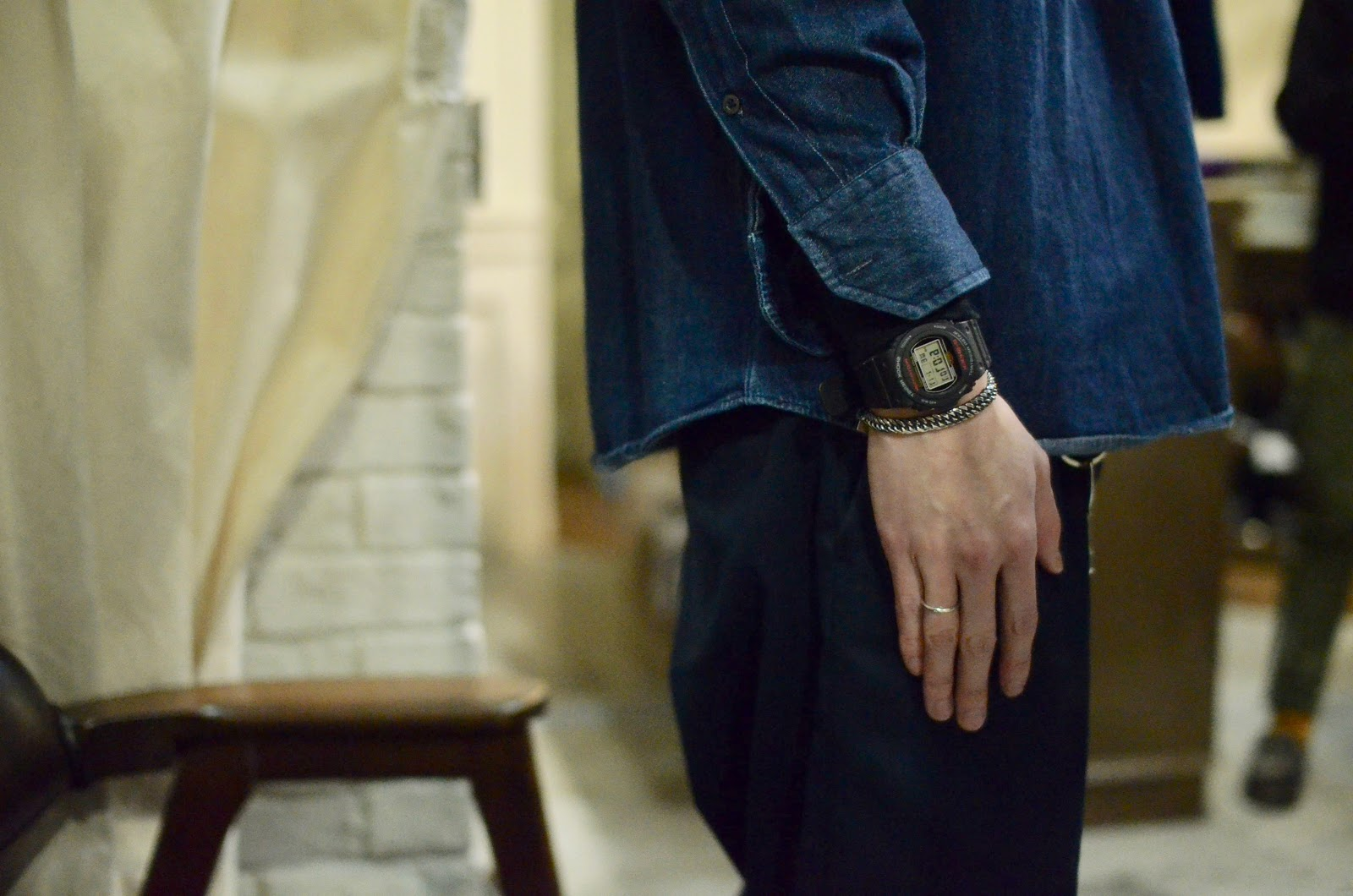 [Live Photos] G-Shock DW-5750 and vintage round style