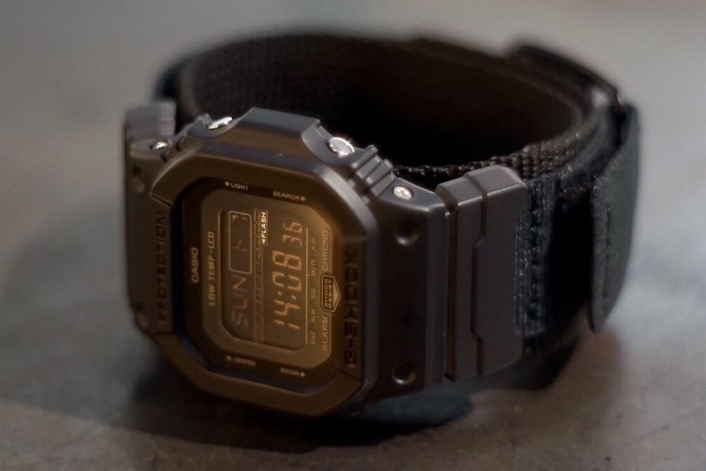 [Live Photos] G-Shock GLS-5600WCL-1 and velcro strap