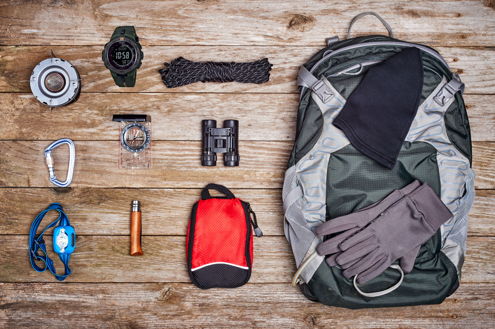 [Live Photos] Organize Hiking Gear At Home with ProTrek PRW-3100Y-3