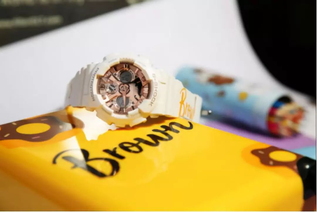 372a3f4262f6  Live Photos  G-Shock and Baby-G x Line Friends Collaboration